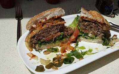 1480870851_IceHouse-Burger-PlayaBlanca.jpg